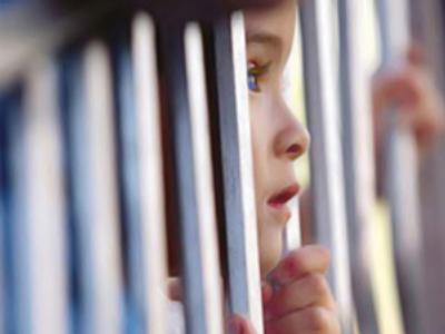 prison-child1