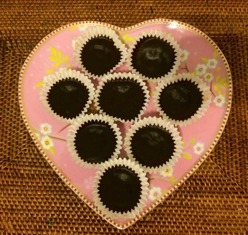 Paleo homemade chocolate candy